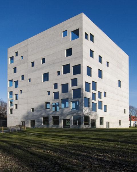 480px-zollverein_school_of_management_and_design_3116754