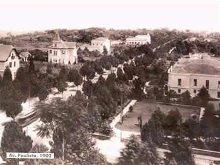av-paulista-casaroes-1902