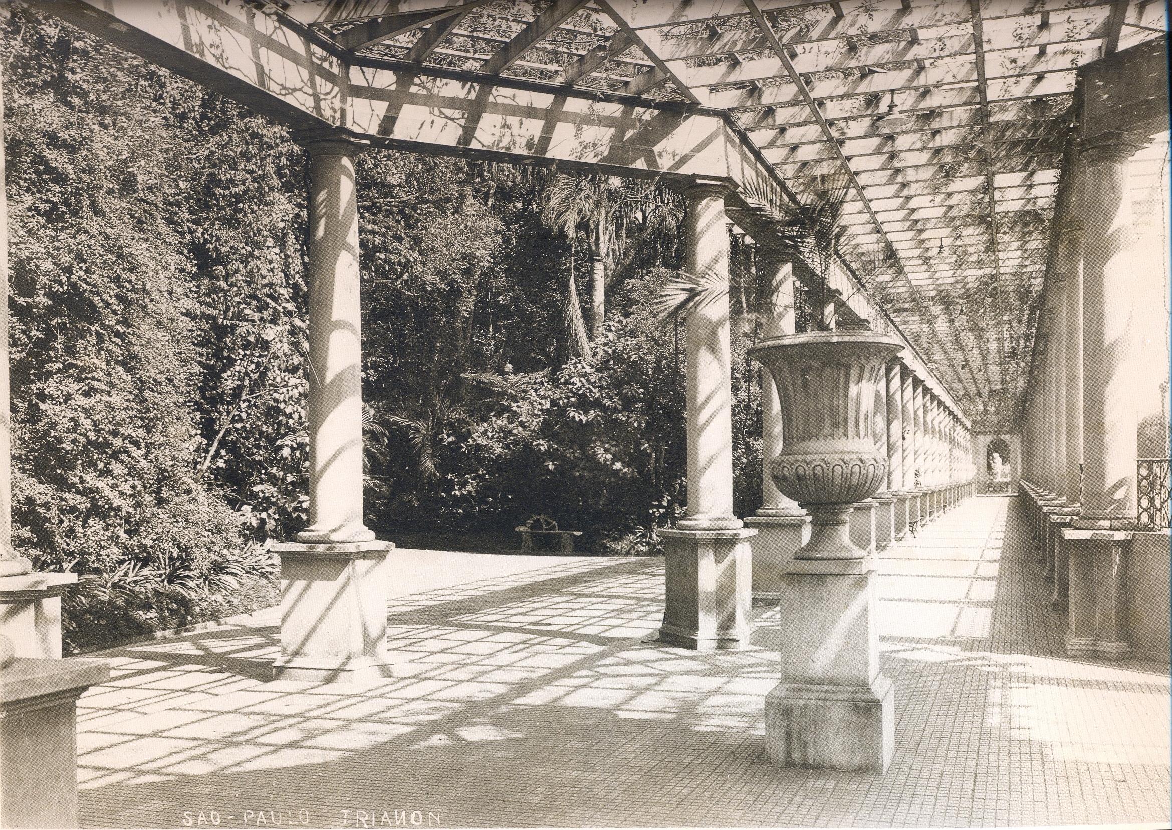 Arte e Estética - Página 10 Trianon-interno