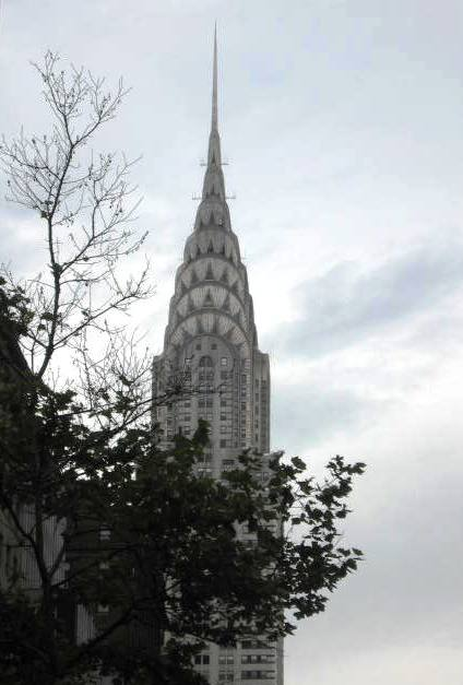 chrysler building arvore