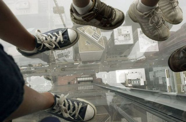 sears_tower_balconies_09