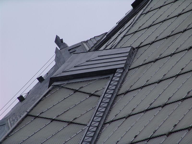 800px-Frank_Lloyd_Wright_-_Beth_Sholom_Synagogue_detalhe do telhado