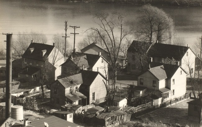 walker-evans-view-of-easton-pennsylvania-1935